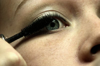 Description: Limiting or stopping the use of eye makeup when treating blepharitis is often recommended, as its use will make lid hygiene more difficult.
